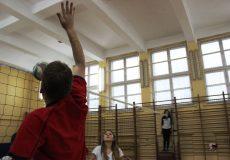 Mikołajkowy Turniej Piłki Siatkowej dla uczniów Zespołu Szkół Ogólnokształcących Nr 26