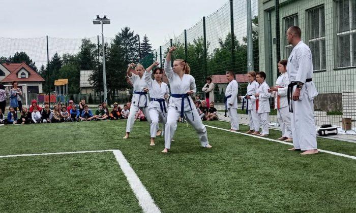 Pokaz karate Klubu Kyokushin Chikara Sekcja SP9